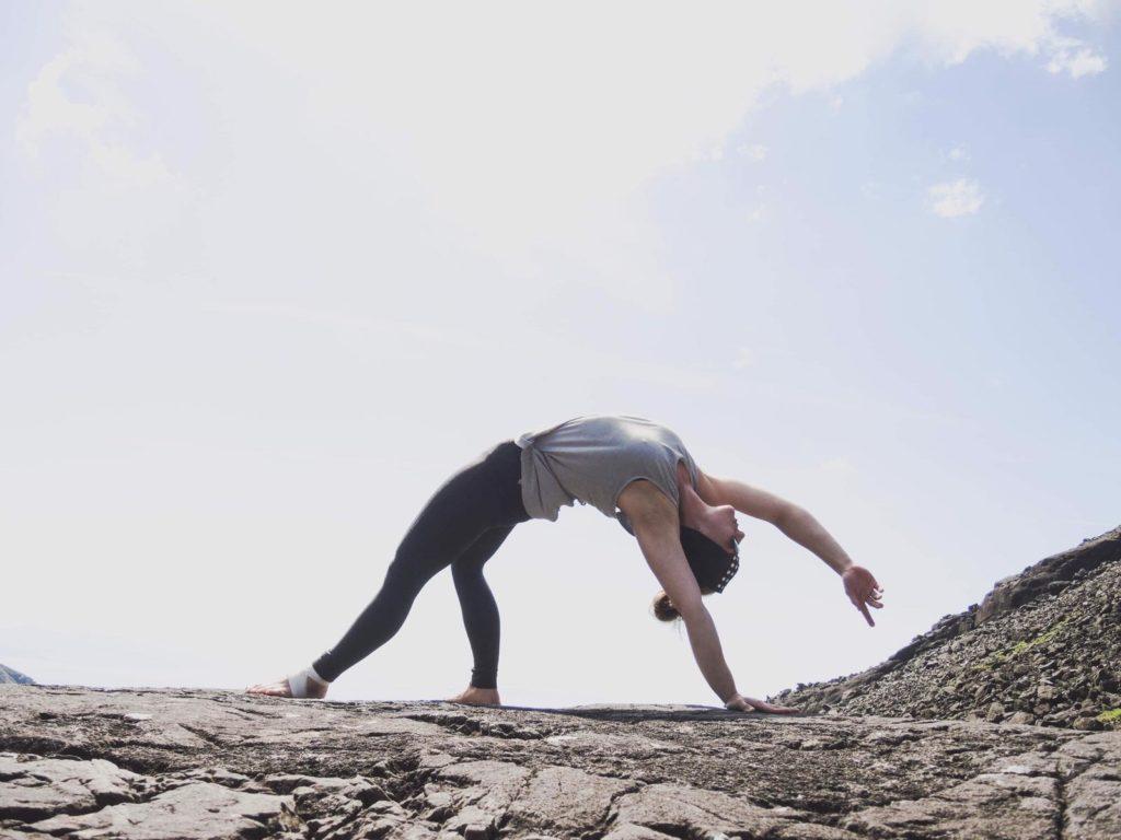 Full Yoga Rock